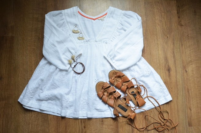 boho top and sandals